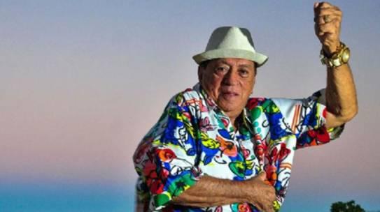 Cantor Genival Lacerda recebe alta de hospital no Recife após sofrer AVC
