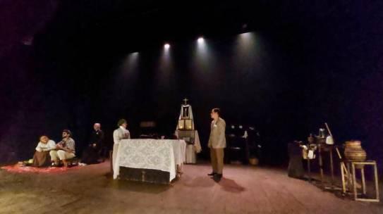 Espetáculo Padre Cícero é encenado no Teatro João Lyra Filho, em Caruaru