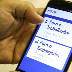 Caixa Econômica Federal lança terça-feira aplicativo para cadastro em renda emergencial
