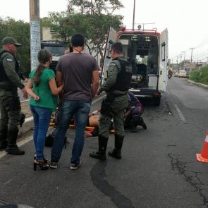 Jovem fica ferido ao cair de moto em Caruaru