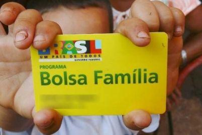 BOLSA-FAMÍLIA.jpg