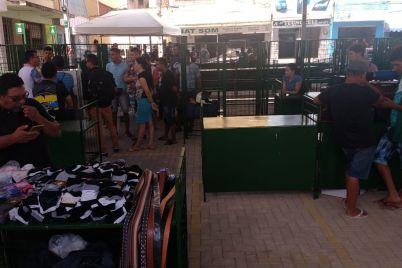 Comércio-na-Praça-foto-2-Edvaldo-Magalhães.jpg