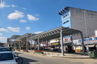 Comércio-na-Praça-foto-Helenivaldo-Pereira-scaled.jpg
