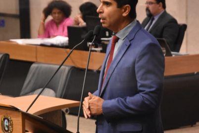 Deputado-estadual-Delegado-Erick-Lessa.jpeg