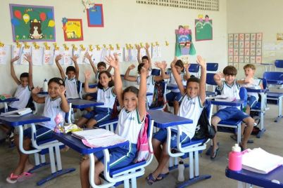 EDUCAÇÃO-PRIMEIRO-LUGAR.jpg