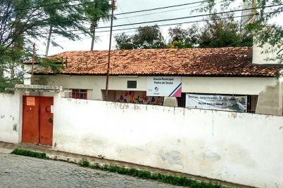 ESCOLA-PEDRO-DE-SOUZA-1.jpg