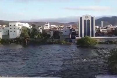 Enchente-Rio-Capibaribe.jpg