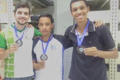 Equipe-Protheus-Arquivo-Pessoal-Divulgação-Medalha-OBR.jpg