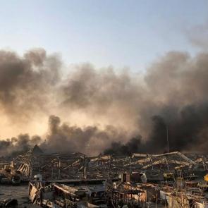 Passa de 70 o número de mortos por explosão gigantesca em Beirute