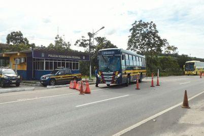 Foto_Ônibus-para-realizar-palestras2.jpg