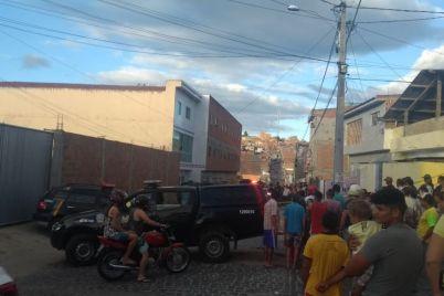 Homicídio-Caruaru-2-foto-Renan-da-Funerária.jpg