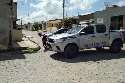 Homicidio-em-Bezerros-foto-1-Roberto-Silva.jpg