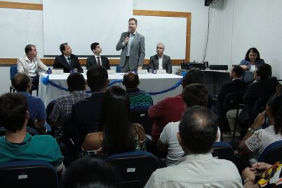 IPEM-e-DETRAN-PE-assinam-convênio-de-cooperação-técnica_FOTO_PAULO-MACIEL-82-scaled.jpg