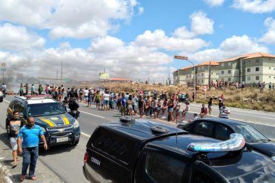 PROTESTO-1-foto-Izaias-Rodrigues.jpg