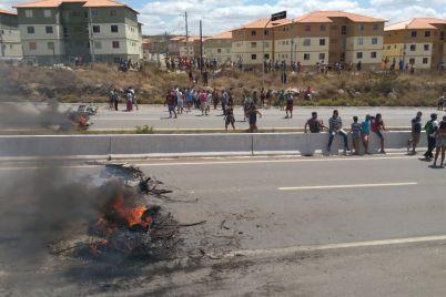 PROTESTO-2-foto-Izaias-Rodrigues.jpg