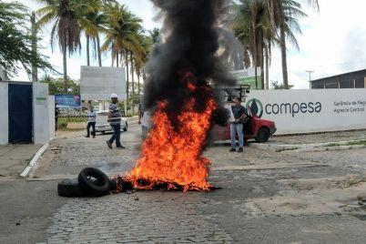 Protesto-Compesa.jpg