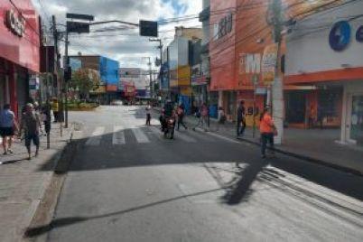 Rua-Duque-de-Caxias-foto-1-Edvaldo-Magalhães-300x225-1.jpg