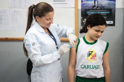 Vacina-foto-Janaína-Pepeu.jpeg