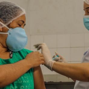 Segunda etapa de vacinação contra gripe começa nesta terça-feira