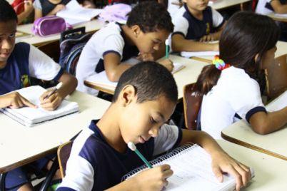 escolas-municipais-caruaru.jpg
