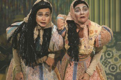 sebastiana-e-severina-realizacao-claudio-lira-e-teatro-kamikaze-atrizes-zuleika-ferreira-e-celia-regina-foto-pedro-portugal-e1429026624785.jpg